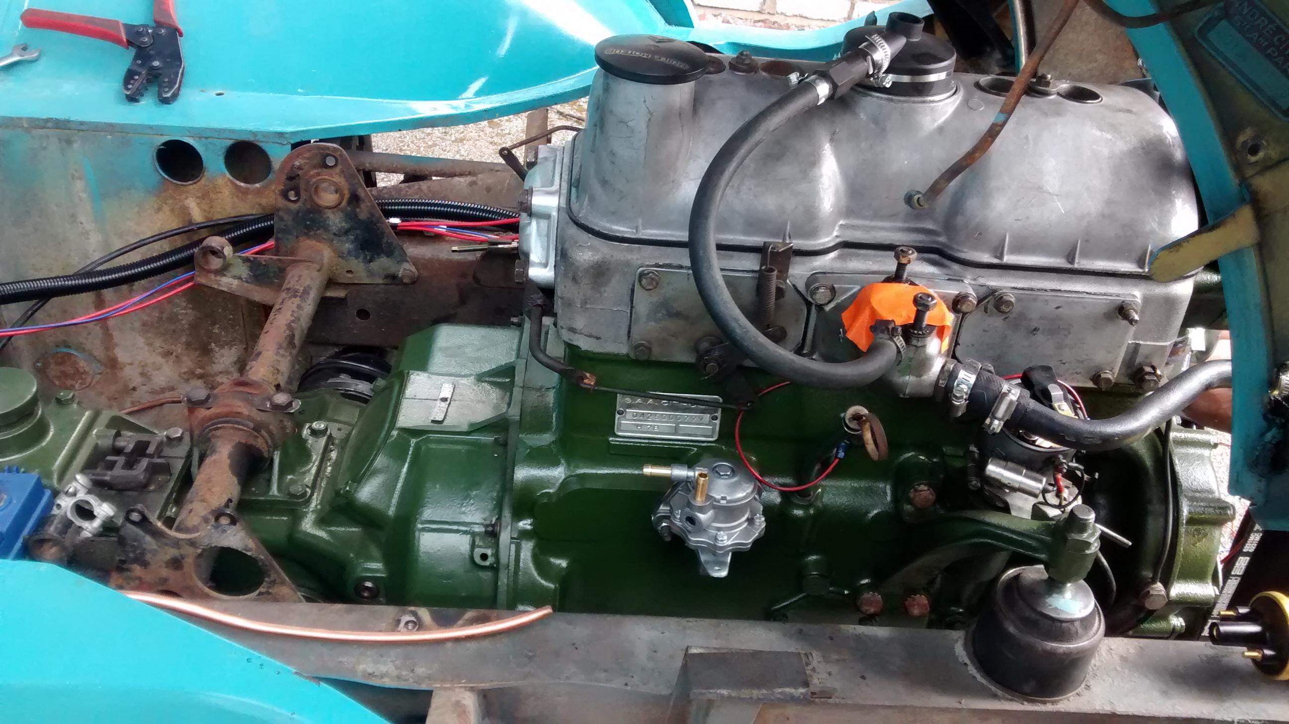 Image Gallery Engine Citroen 1975